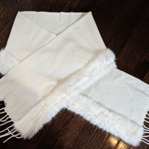 Banana republic knit and faux fur scarf/wrap